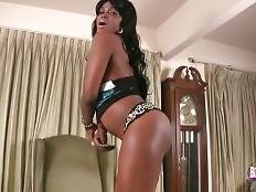 Naughty ebony tranny Takila wants to have some fun.